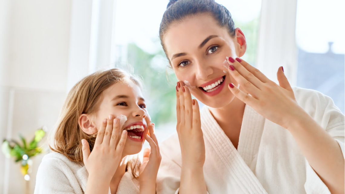 Healthy Skin (Dermatology And Other Ways To Achieve Good Skin)